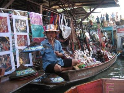 Todas as tranqueiras são vendidas nos barcos...