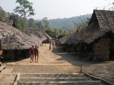 """Essas são as """"casas"""" da tribo"""