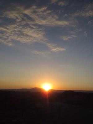 O por do sol no deserto é sempre um espetáculo!